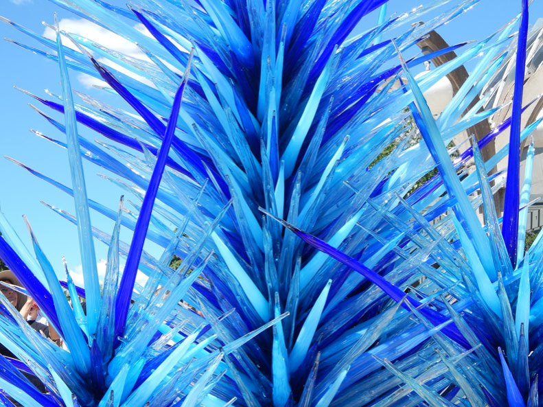 Chihuly-blue